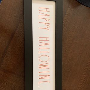 Rae Dunn. Sign happy hollowine new Halloween